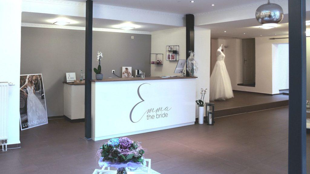 emma-the-bride-augsburg-location-entree-1920x1080
